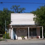 Donna's Beauty Shop - Roadside Texas