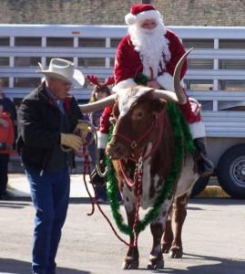 Santa onna Longhorn-smaller
