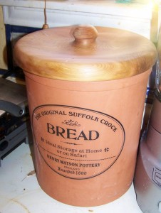 Bread Crock with Turned Lid